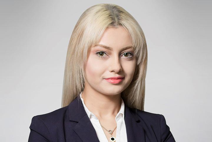 Anna Nia2